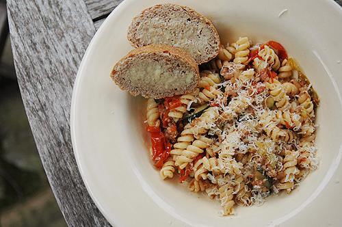 pasta_sausage_tomatoes
